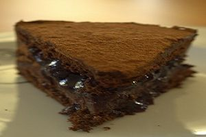 Çikolata Kremalı Pasta
