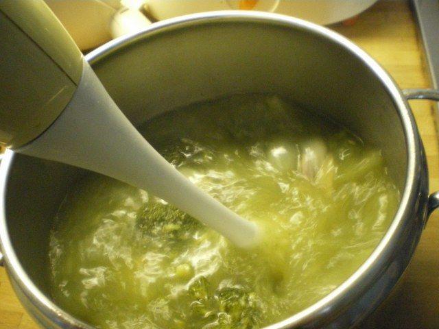 Brokoli çorbası resimli tarif