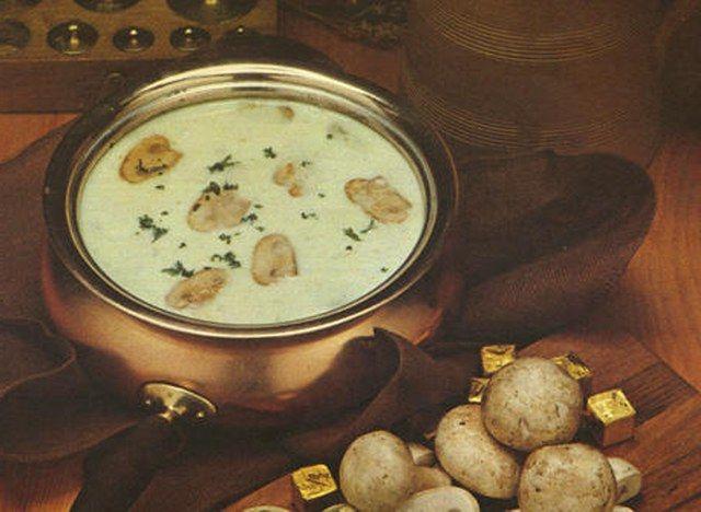 Kremalı mantar çorbası resimli