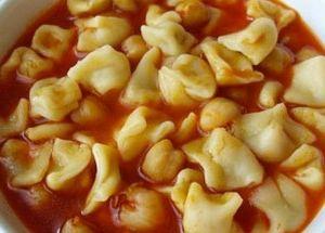 Nohutlu mantı çorbası