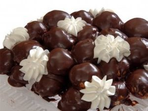 Elmalı top çikolatalı