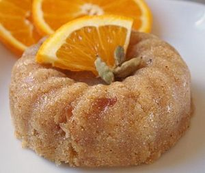 Portakallı irmik helvası