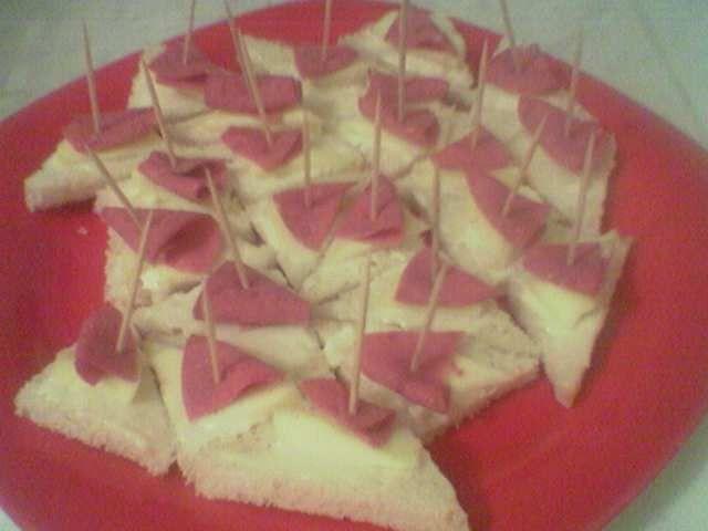 Kaşar peynirli kanepe