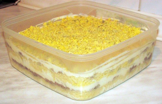 Mimoza salatası tarifi mimoza salatası adı ile uyumlu bir salata