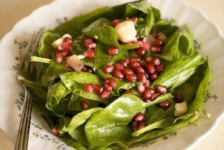 Ispanak salatası narlı