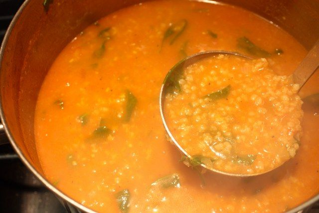 Bulgur çorbası yapımı
