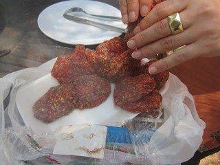 Sucuk köfte yapımı
