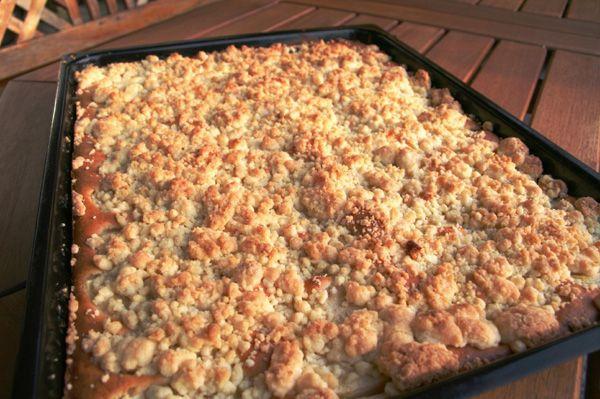 Elmalı crumble yapımı