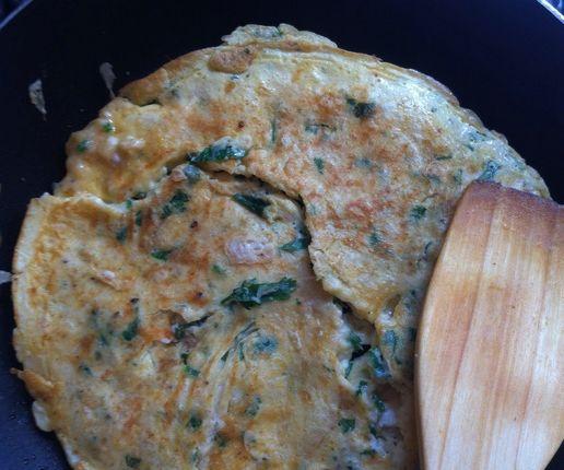 Yulaf ezmeli omlet yapımı