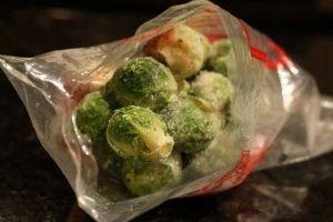 Derin dondurucuda brüksel lahanası